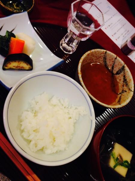 ご飯と味噌汁と漬物