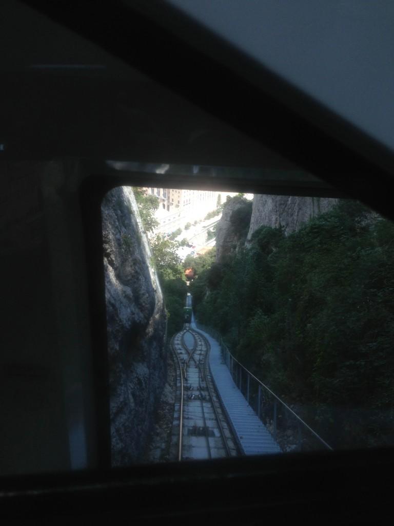 フニクラの車窓