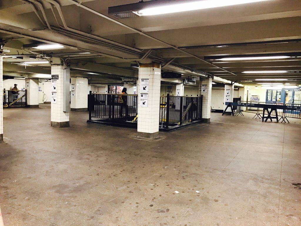 現在の駅の改札階