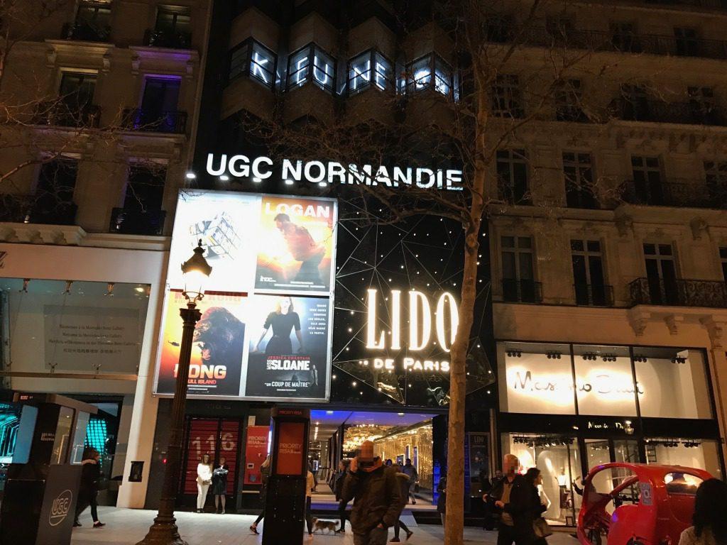パリのキャバレー・リド(Lido)が芸術的すぎた!食事・口コミ評判