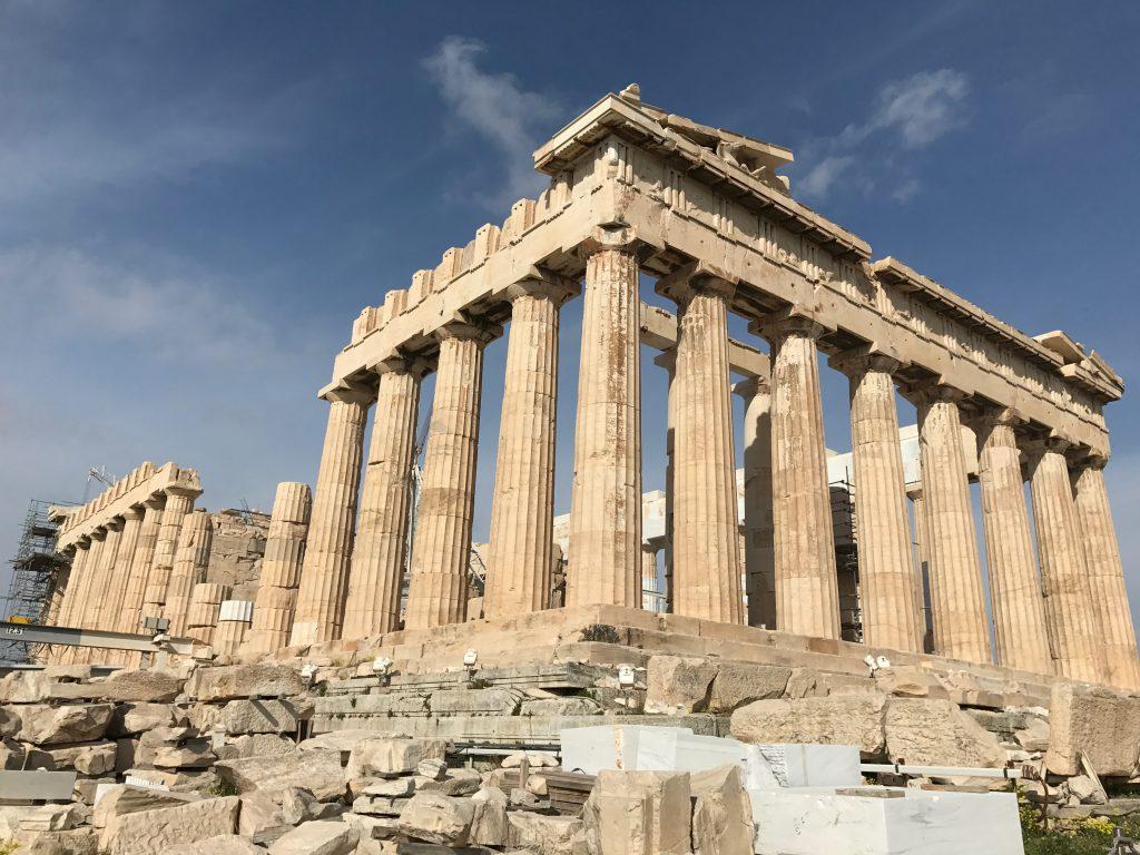 パルテノン神殿があるアクロポリスの丘の行き方・チケット購入方法・見どころ・口コミ評判