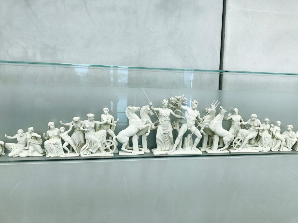 パルテノン神殿のレリーフ模型