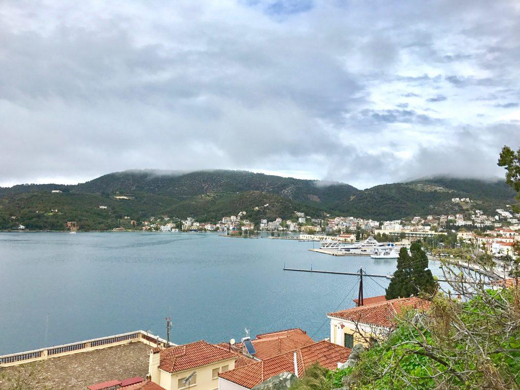 ポロス島の眺め
